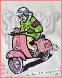 Scooter Skull Stickdatei in...