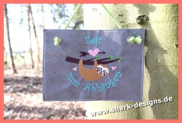 Embroidery file pause sloth...